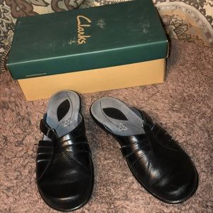 Clark's May Clog Shoes Size 6 Black
